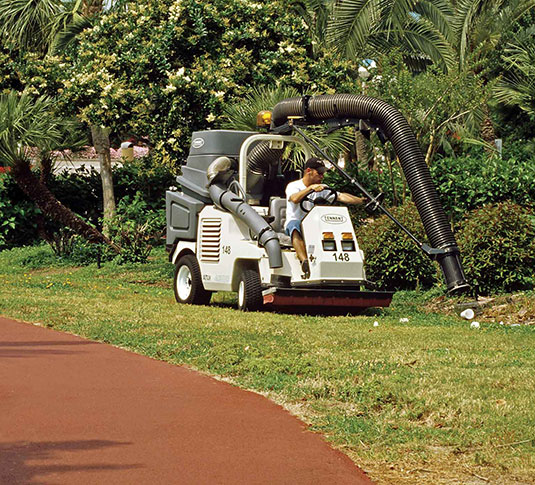 ATLV 4300 All-Terrain Ride-On Vacuum Sweeper alt 2