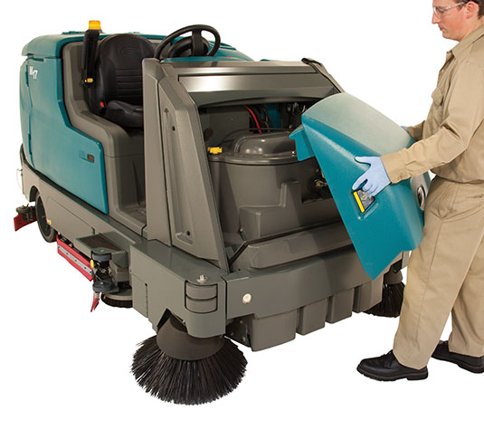 M17 Battery-Powered Ride-On Sweeper-Scrubber alt 10
