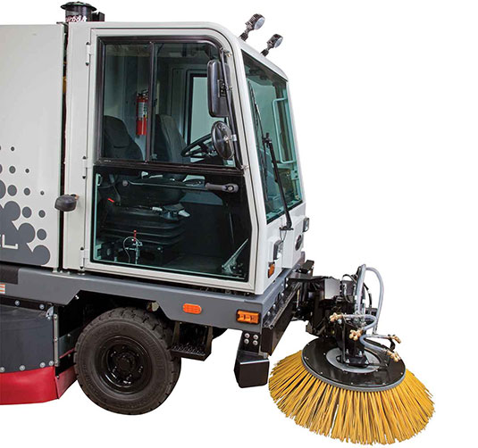 Sentinel Outdoor Ride-On Sweeper alt 3