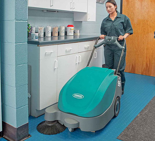S5 Compact Battery-Powered Walk-Behind Sweeper alt 9